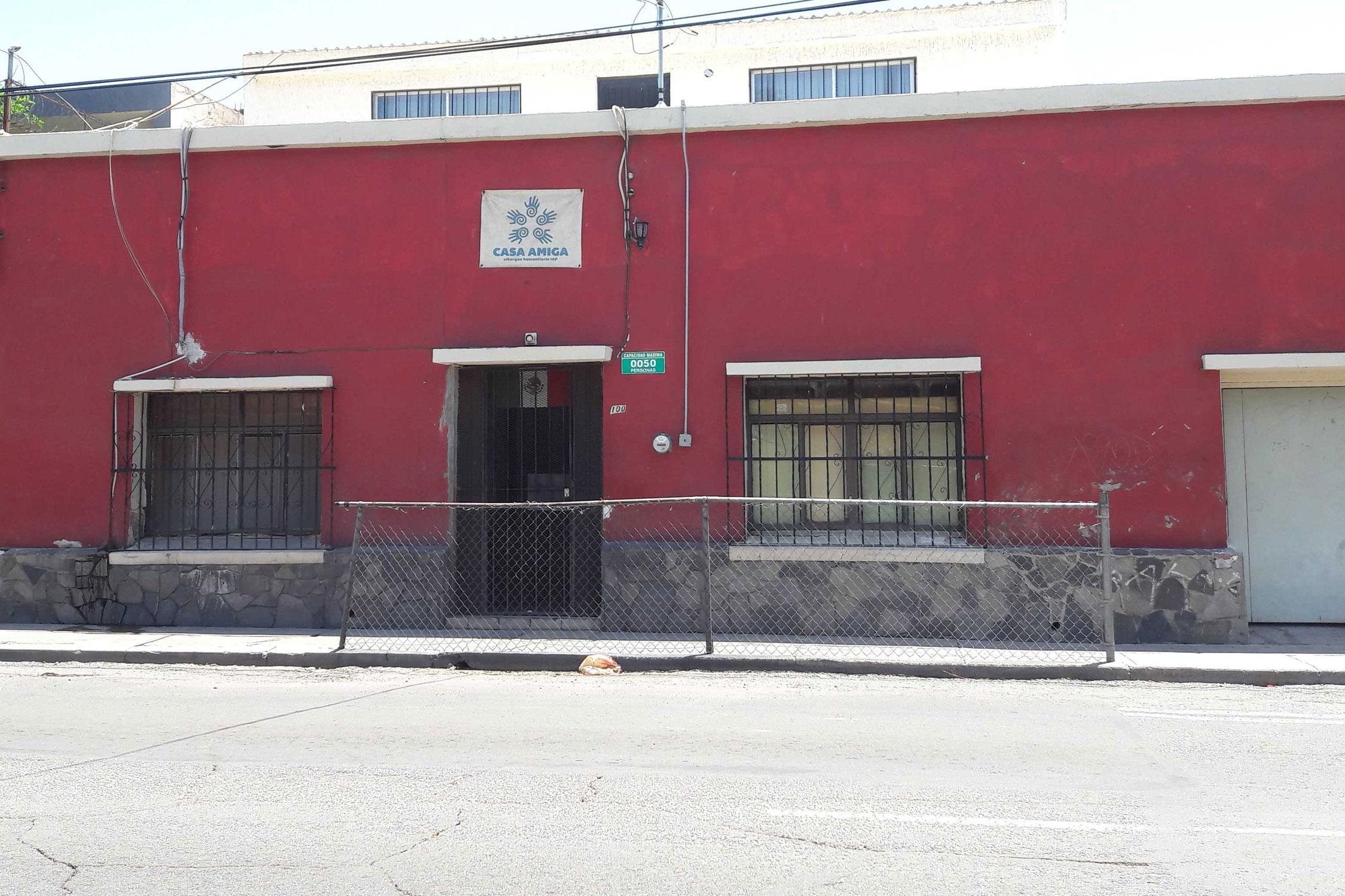 Una Casa Amiga para inmigrantes y personas sin hogar