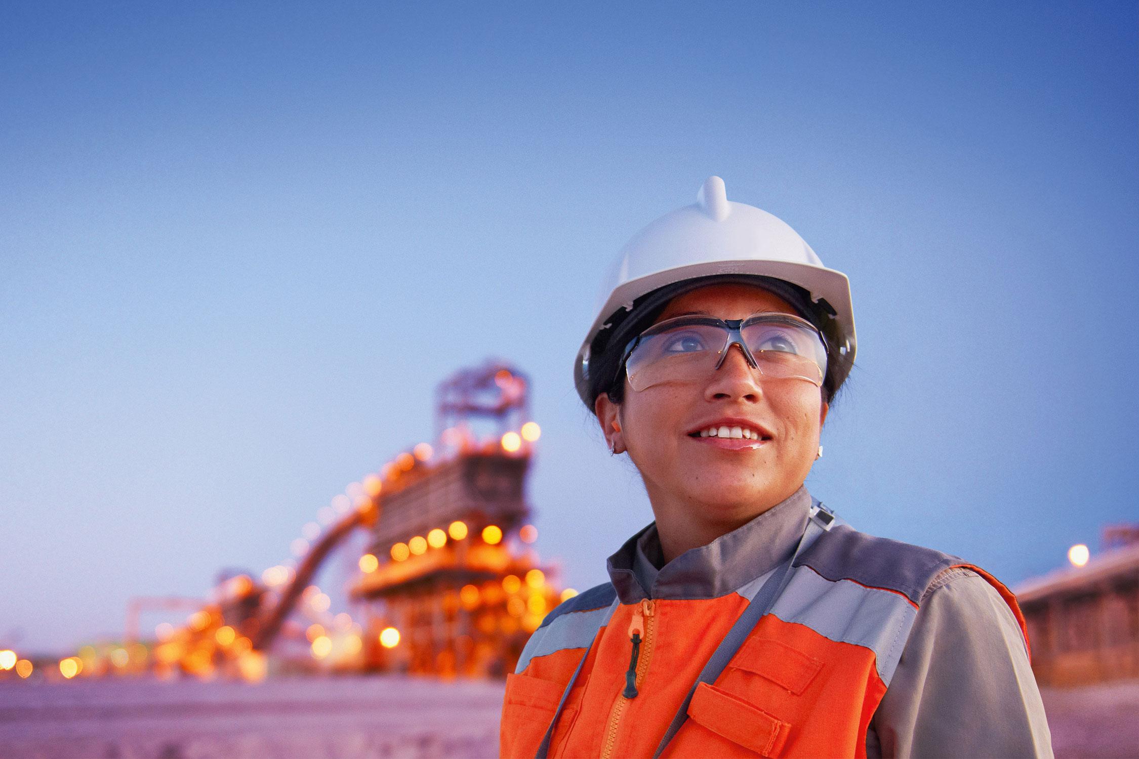 Más participación de las mujeres en la minería, motor de bienestar